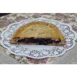 Постный классический пирог с красной смородиной