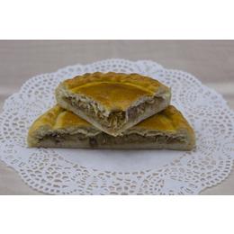 Постный классический пирог с  капустой